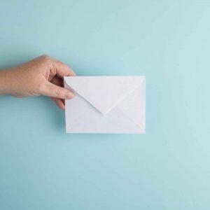 Kontakt aufnehmen anrufen Telefon E-Mail