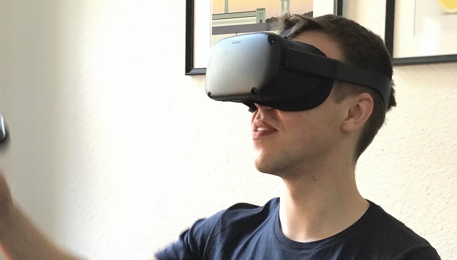 Virtual Reality und Voice: ERGO-Auszubildende üben Kundenkontakt